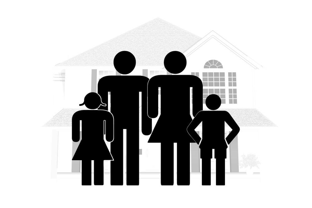 family-2057302_1280